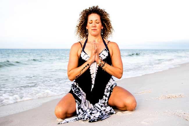 image of Jessica Nicholosi a Reiki Master, Energy Healer, and Yogini