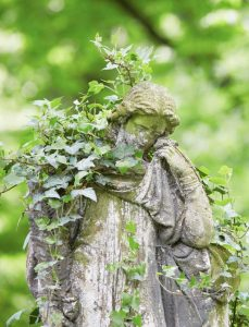image of cemetery angel for Jessica Banks, Energy Mender, Yogini, and Reiki Master